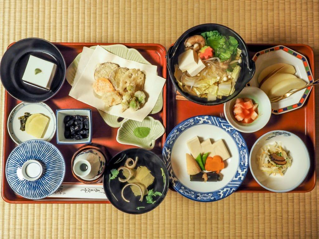 Shojin ryori vegtarian meal served at Hoon In, Koyasan