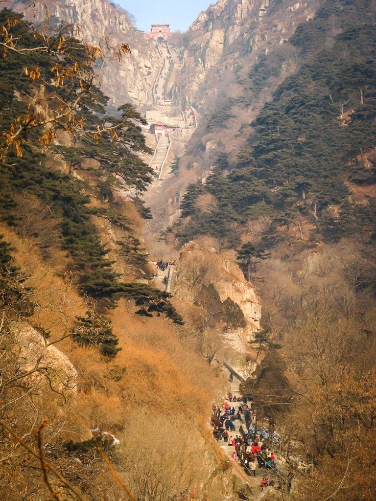 Hiking trail on Taishan