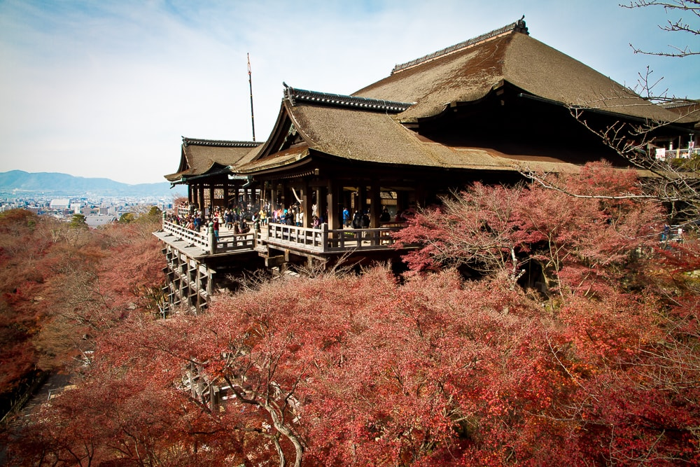 Kiyomizu Dera, a must on you Kyoto autumn itinerary