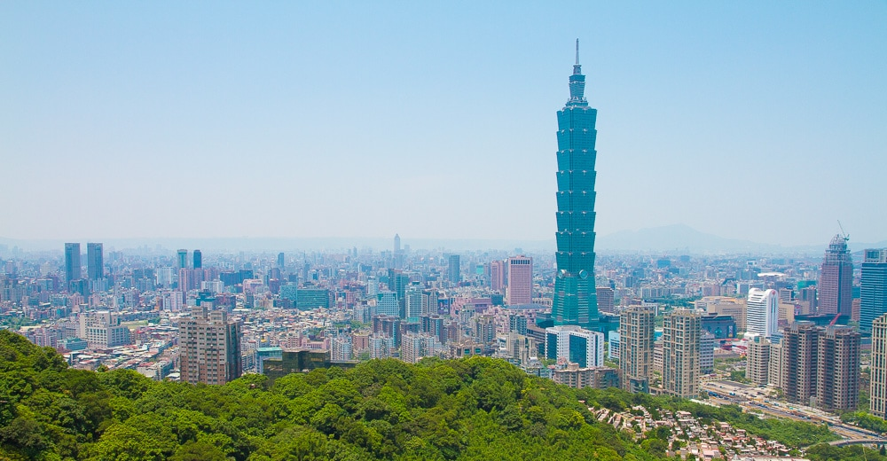 Taipei City from Elephant Mountain, a necessary part of your Taiwan 3 day itinerary