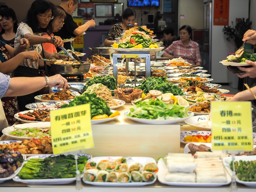 For the best vegetarian food in Ximending, try Vegetarian Restaurant