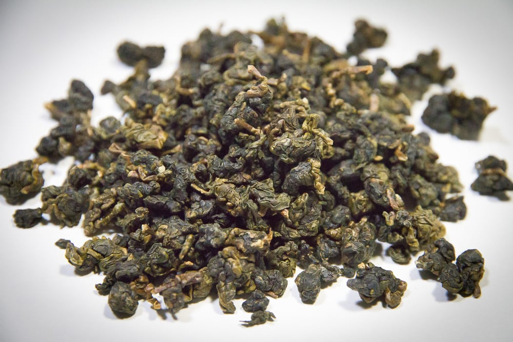 dong ding oolong tea leaves