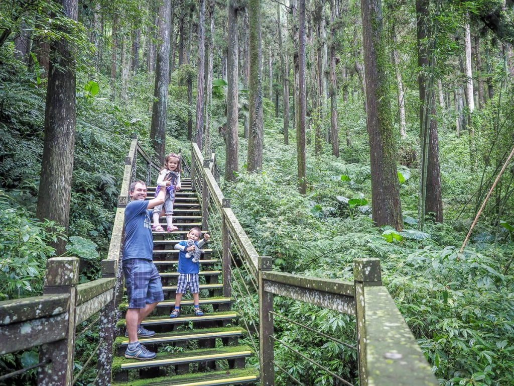 Hiking in Taiwan with kids
