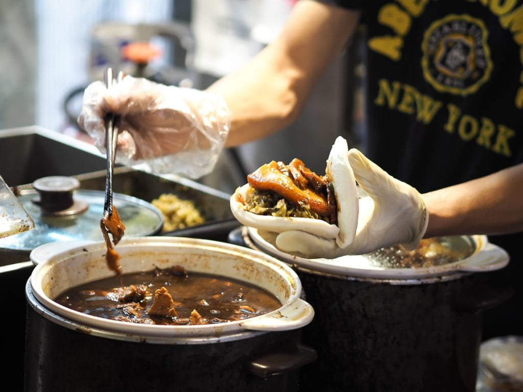 Shi Family Gua Bao, Tonghua (Linjiang Street) Night Market in Taipei