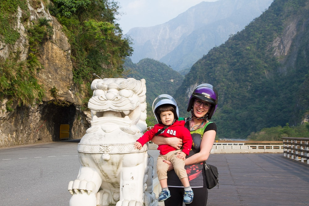 Taroko Gorge with kids