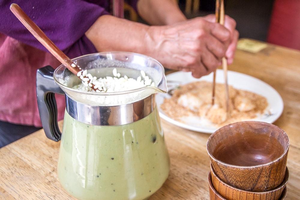 Hakka pounded tea (lei cha) and mochi