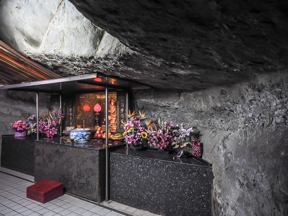 Cave shrine at Sheli Temple, Lion's Head Mountain