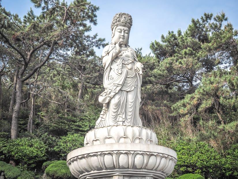 Gwanseeum-bosal statue, Haedong Yonggungsa