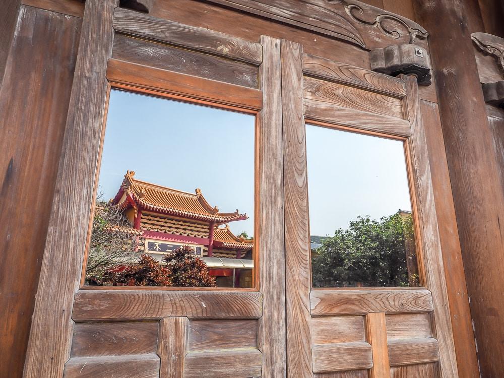 Linji Huguo Temple Taipei