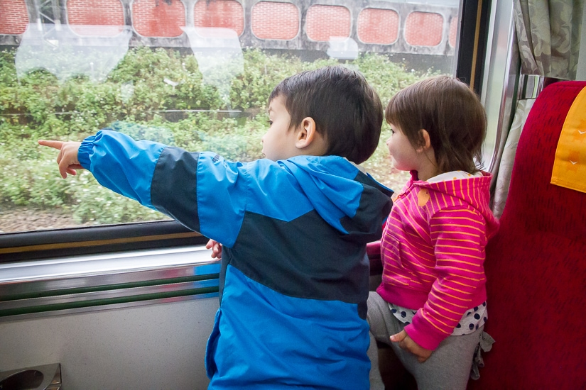 Taking the train to Jiufen