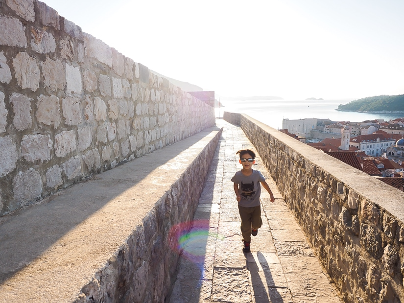 Is Dubrovnik city walls suitable for kids? Yes!