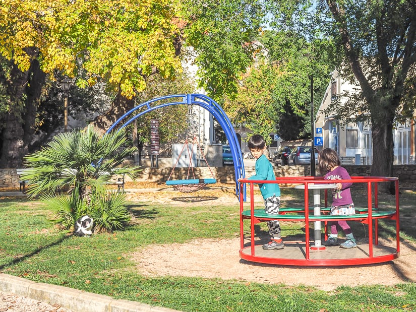 Skradin Park, one of the best things to do with kids in Skradin