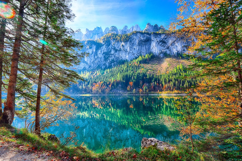 Gosausee lake with Dachstein mountain in the background, a beautiful place to visit on a family trip to Austria