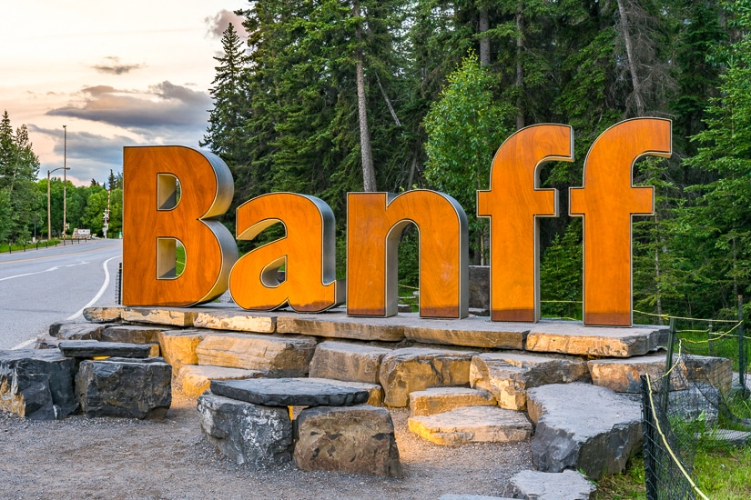Entrance sign to Banff Town, where you should begin your Banff three day itinerary