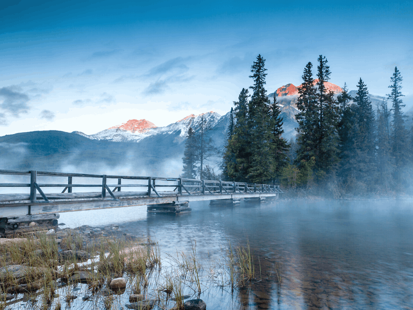 Pyramid Lake, one of the best places to visit in Alberta