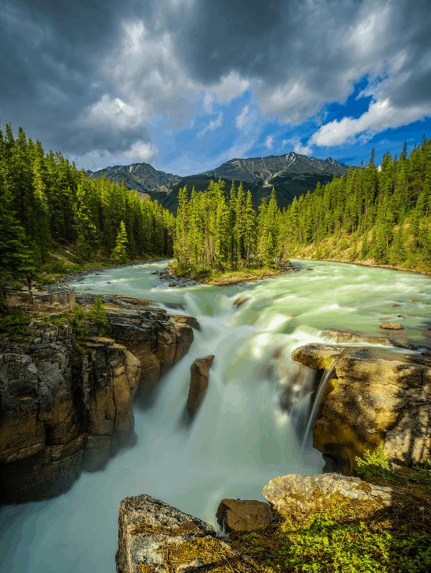 Sunwapta Falls, Jasper National Park, one of the best national parks in Alberta