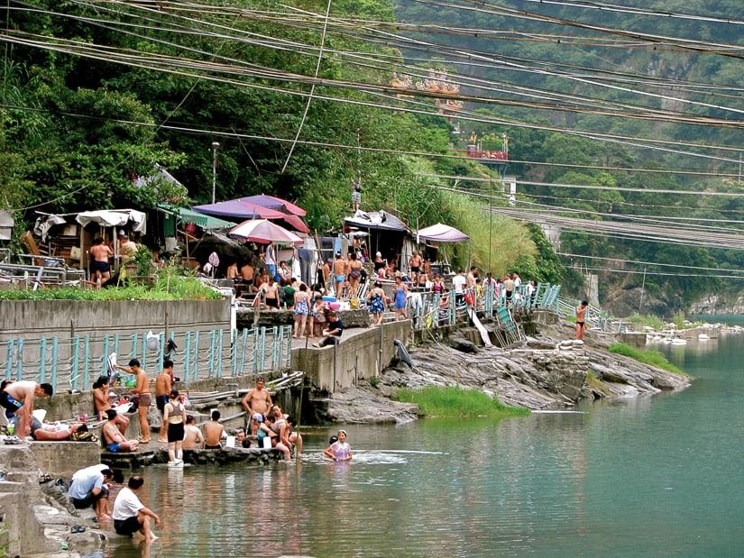 Wulai riverside hot spring when it was popular