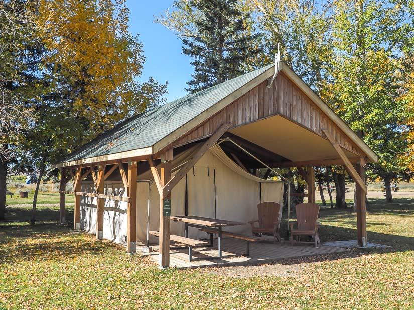 Dinosaur Provincial Park comfort camping