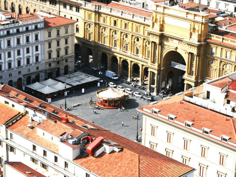 Piazza della Republica in Florence, Italy